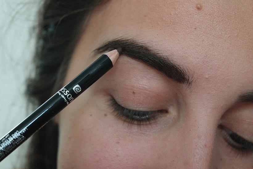 Crayon Sourcils ELISSANCE - Etape 2