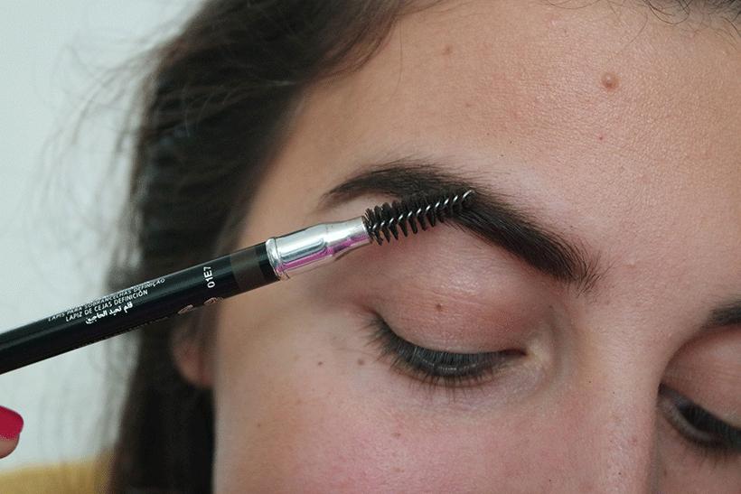 Crayon Sourcils ELISSANCE - Etape 3