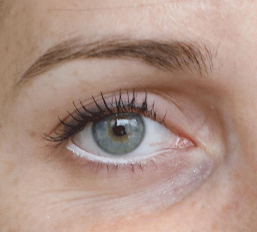 crayon-yeux-blanc