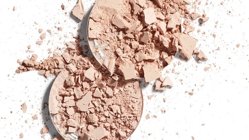 Ingrédients matifiants naturels : Domptez votre peau qui brille !