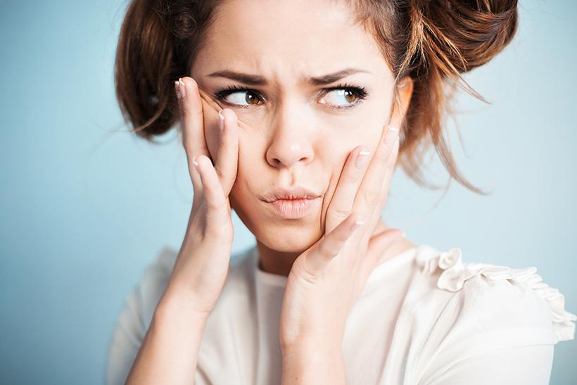 Erreurs maquillage à éviter: nos astuces pour ne plus passer à côté!
